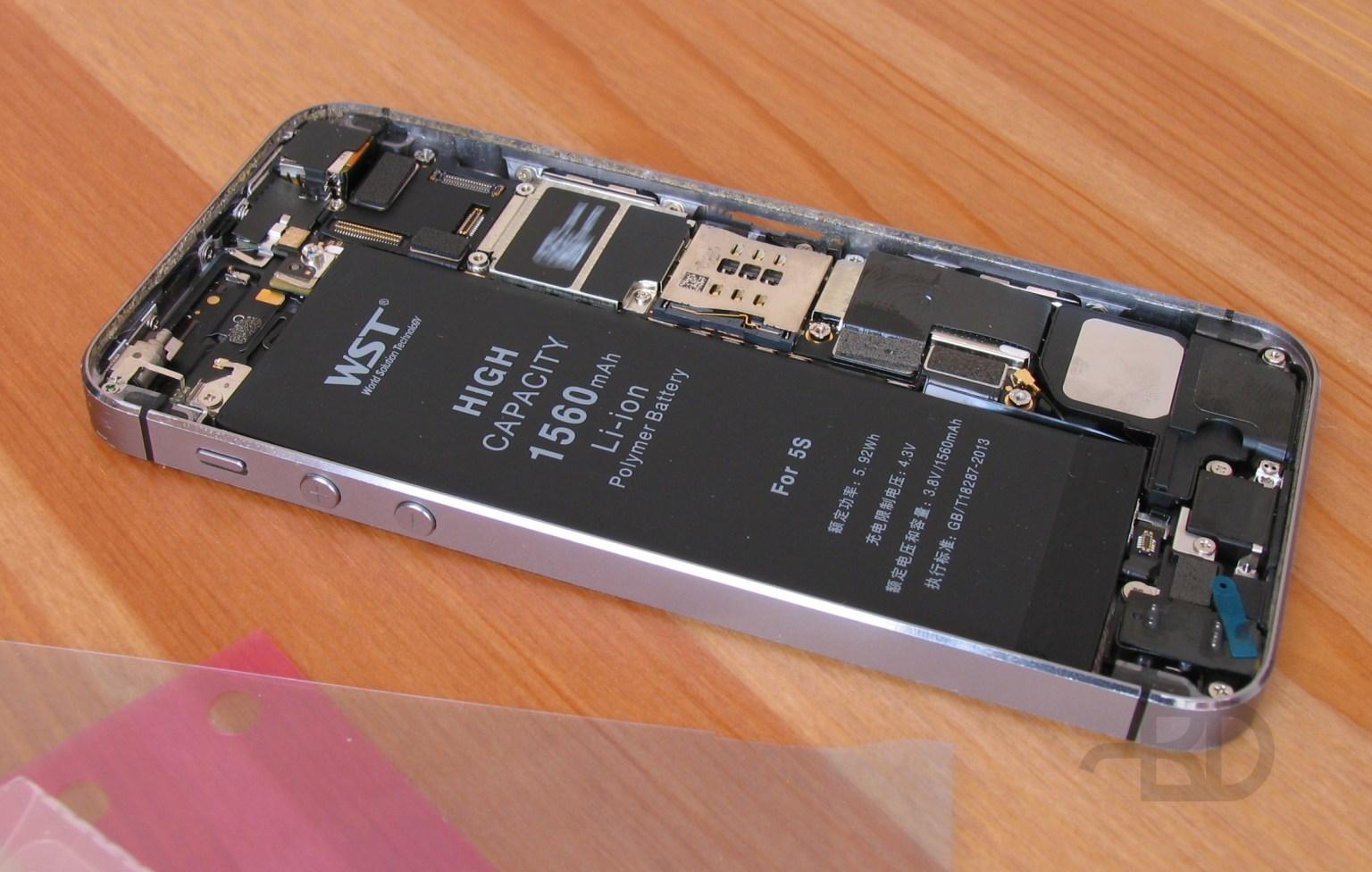 Новый аккумулятор занял своё место в iPhone 5S